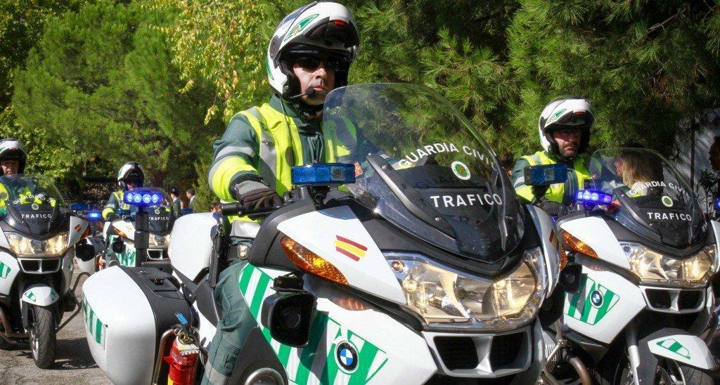 La guardia civil denuncia a 180 camiones y furgonetas en for Furgonetas en cordoba