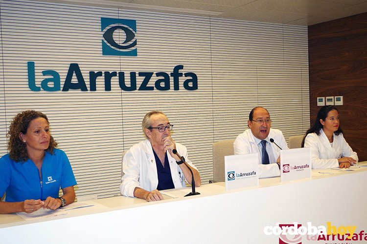 Especialistas del Hospital La Arruzafa