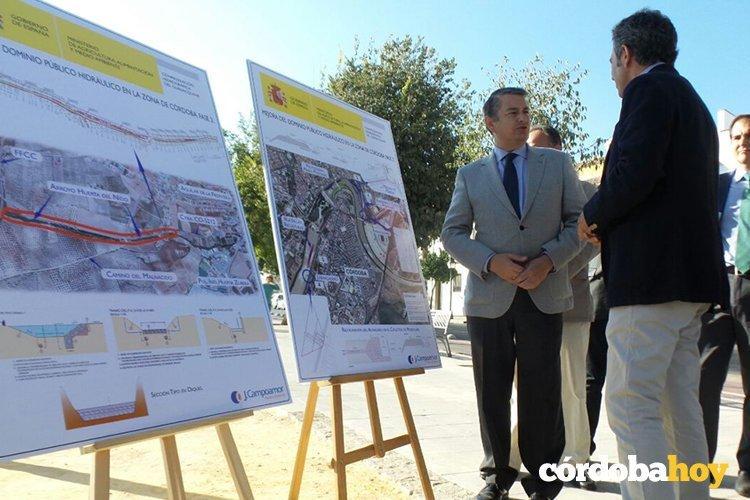 Antonio Sanz durante la presentación de las actuaciones que la Confederación va a llevar a cabo en el Guadalquivir