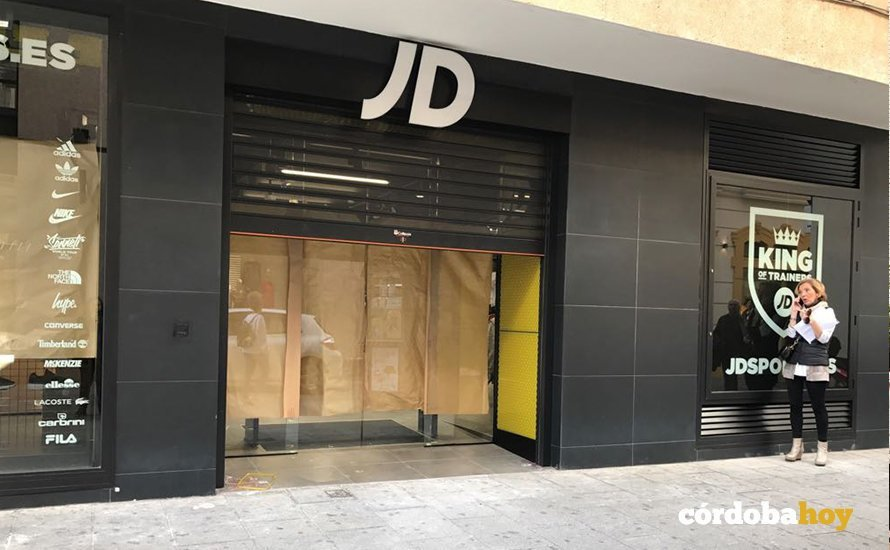 más nuevo mejor calificado para toda la familia calidad real La marca deportiva JD Sports se instala en la calle Gondomar