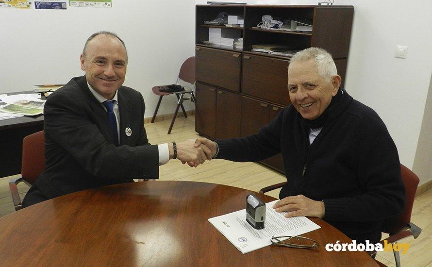 Firma del acuerdo entre Piedra y el Banco de Alimentos